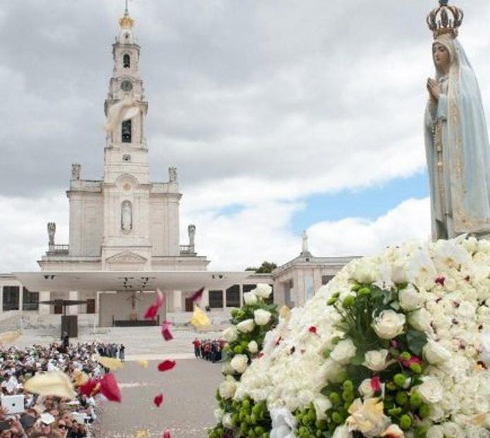 Rezo del rosario y consagración al Inmaculado Corazón de María
